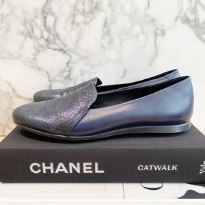 Ecco Two Tone Navy loafers - with a bit of glam 😍